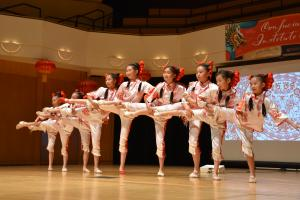 girls on stage performing from Denver Chinese School Jasmine Dance Academy