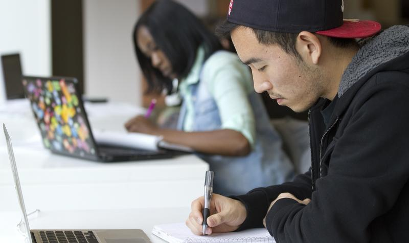 International students studying at CCD.
