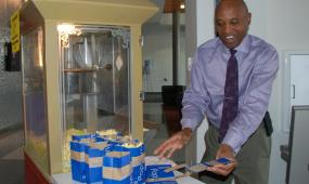 CCD President Everette Freeman Welcomed Students with Popcorn During Fast Track Days